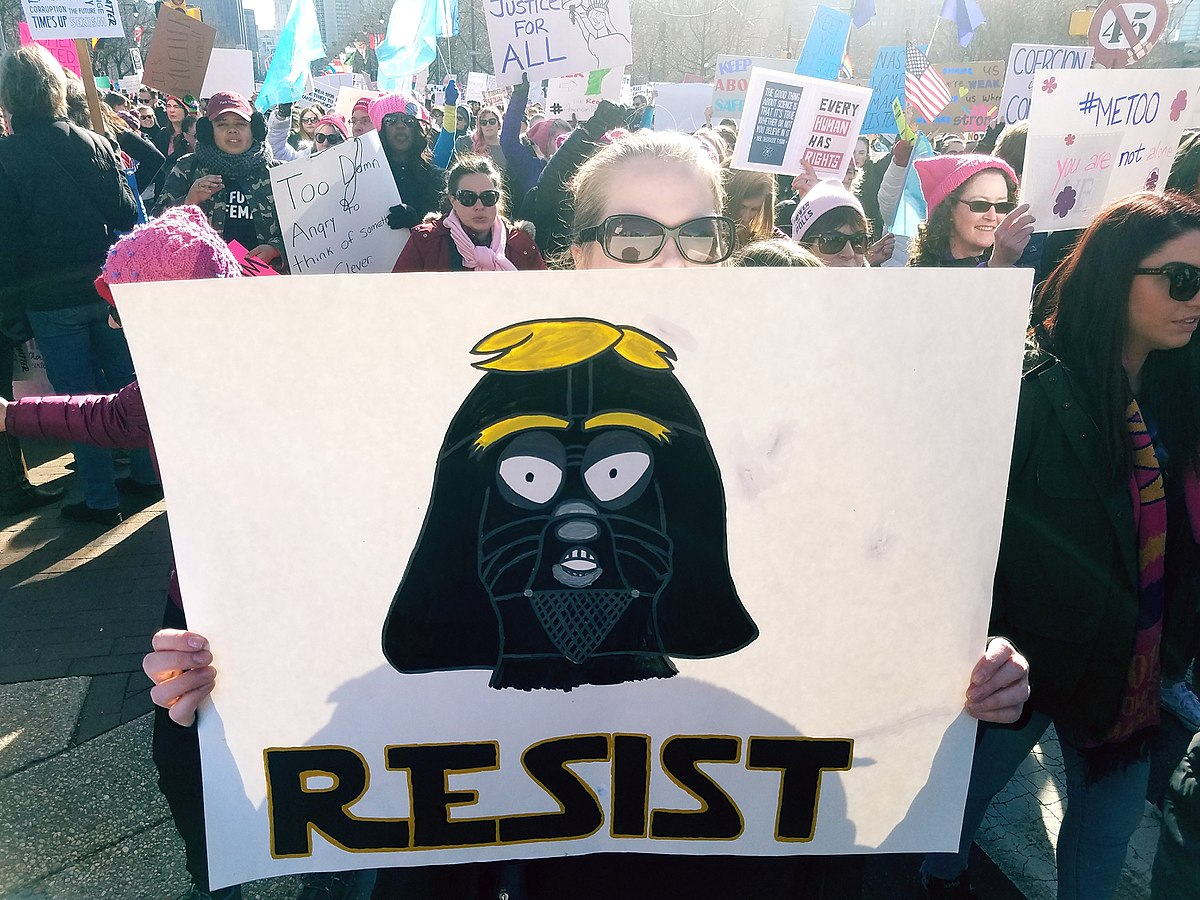 By Rob Kall from Bucks County, PA, USA - #womensmarch2018 Philly Philadelphia #MeToo, CC BY 2.0, https://commons.wikimedia.org/w/index.php?curid=66321810